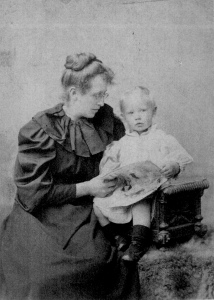 Constance Garnett and her son David, known as Bunny, mid-1890s